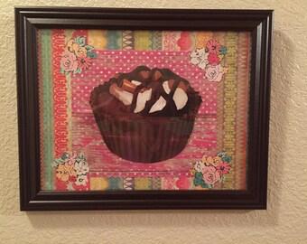 Adorable Bright Cupcake Picture