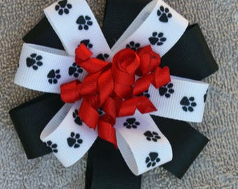 Stacked Korker Bow, made with GA Bulldog colors.