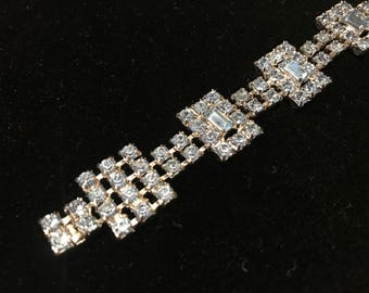 Beautiful Sparkly Blue Rhinestone Bracelet