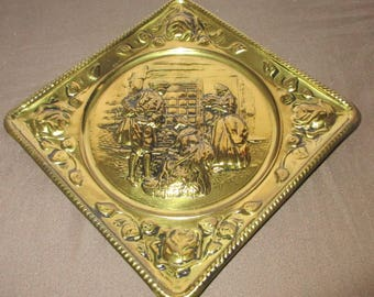 Vintage Brass Repoussé Wall Plate, Brass Tavern Scene Wall Hanging, Rose Border Embossed Metal Plate, ELPEC Pub Scene, Handmade in England
