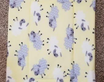 Fleece Dog Bed / Crate Mat Sheep Pattern
