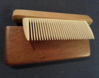 Mens wooden hair brush