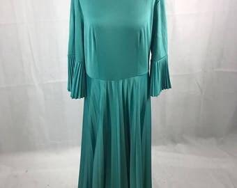 Green 60's Maxi Dress