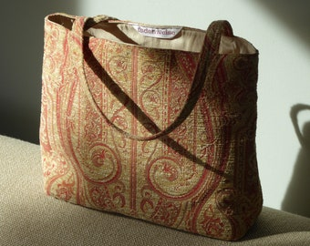 Hand sewn bag made of Chenille and silk
