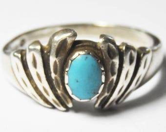 Beautiful Sterling Silver Turquoise Oval Wave Ring 13mm Size 10.5