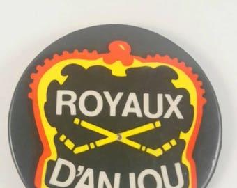 Vintage Anjou pinback button