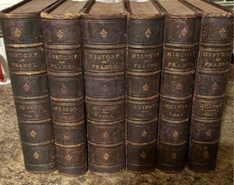A Popular History of France From the Earliest Times (Six volumes) Guizot, M. (Robert Black, Translator)Boston