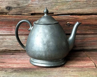 Antique Pewter Teapot - Crescent 1603