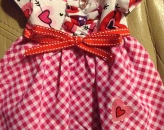 """18"""" DOLL DRESS HANDMADE cotton blend red white gingham full skirt short sleeve uSA made nonsmoker velcro closure valentine theme"""