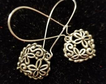 Boutique Silver Alloy ...Cute Fancy Floral Hearts Earrings #C83
