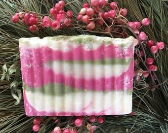BAR SOAP CRANBERRY & Fig — Handmade Organic Soap / Natural Soap / Artisanal Soap / Decorative Soap / Fruit Soap / Soap Gift for Her