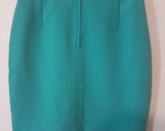 Lovely light fresh green vintage skirt.