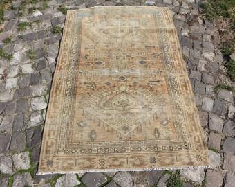 rustic turkish rug, Free Shipping  3.1 x 5.4 ft. aztec rug, low pile anatolian rug, handknotted area rug, organic wool rug, faded rug MB434