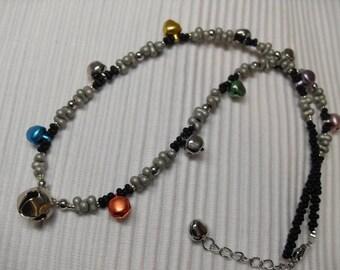 Glöckchenkette, Rainbow, colourful, glass Papillion, black, stone