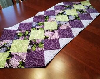 Table Runner Lilacs Spring Table Runner