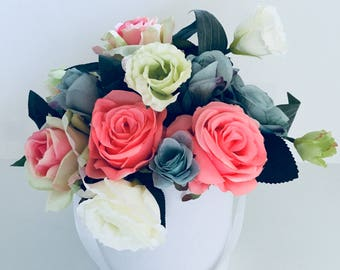 Skies Bouquet artificial flower in a round box