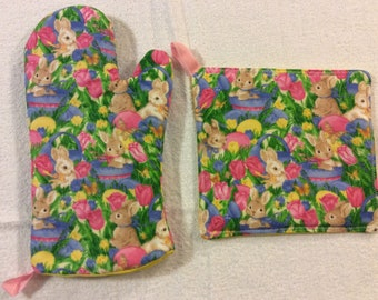 Easter Bunny Oven Mitt and Hot Pad