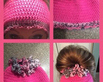 messy bun/pony tail beanie winter hat