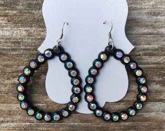 Beautiful Black Teardrop Earrings