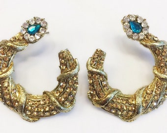 U-curve dull gold turquoise stone studded earrings
