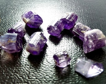 33.65 CT Unheated& Natural Purple Scapolite Rough Crystal Lot