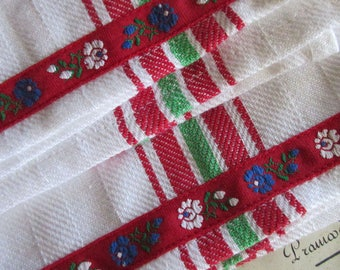 2 Hungary Folkloric Trim Retro Kitchen Cotton Tea Towels