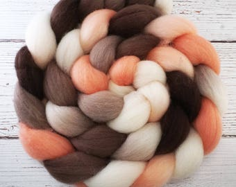 Handpainted Falkland Wool Roving - 4 oz. RETRO GIRL - Spinning Fiber