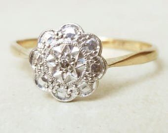 Art Deco Scalloped Flower Ring, Vintage 18k Gold, Platinum and Diamond Engagement Ring, Approx Size 7.25