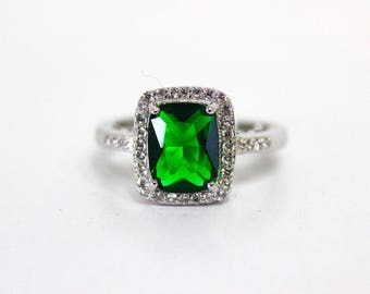 Emerald  Sterling Silver Ring Engagement Halo Wedding Ring Size 6