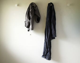 LINEN SCARF / CHARCOAL