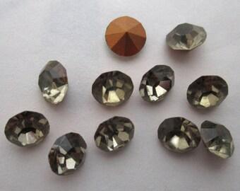 40 pcs. Vintage MCC machine cut crystal black diamond gray chanton foiled rhinestones ss25 - f5868