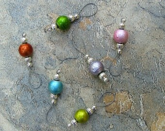 Knitting Stitch Markers With Select A Charm Removable - US 10 - Item No. 1055