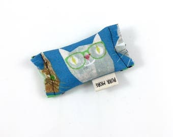 Cat With Glasses Green Bean Organic Eco Friendly Catnip Cat Toy For Mew