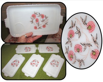 Set of 5 - Vintage White Milk Glass Luncheon Plates Dishes by Fire King, 50s, pink flowers