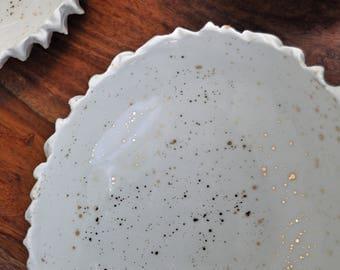 Large Gold Splatter Scallop Bowl - Gold White Ceramic Bowl, Handmade Ceramic Bowl, Hostess Gift, Handmade Pottery, White Ceramic Bowl