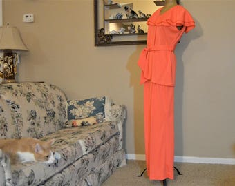 "70's Orange Capelet Blouse Pantsuit,Double Ruffle Tunic Top,Flare Pants,36"" to 38"" Chest, size 14 Union Tags,100% Polyester"