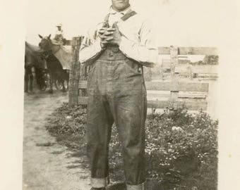 vintage photo 1918 Farmer John Holds Overalls Straw Hat Blue Jeans AMerican Gothic