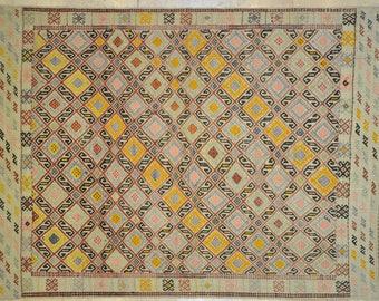 Kilim Rug 5' x 7' Pastel Offwhite Yellow Geometric Tribal Wool Vintage Cicim