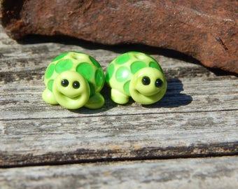 Turtle beads,  Lampwork Bead Pair, Simply Lampwork by Nancy Gant, SRA G55