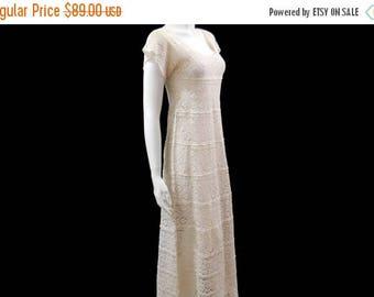 Summer Sale Vintage Crochet Maxi Dress // xs Boho Wedding Dress // Boho Crochet Knit Creamy Dress // 70s  Gypsy Festival Maxi Dress// Size S