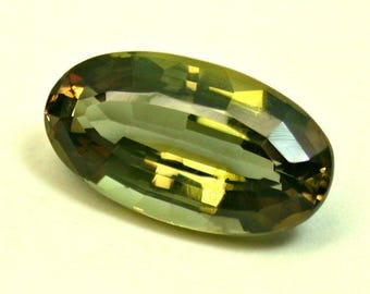 VINTAGE ANDALUSITE Faceted Gemstone oval 2.67 cts fg187