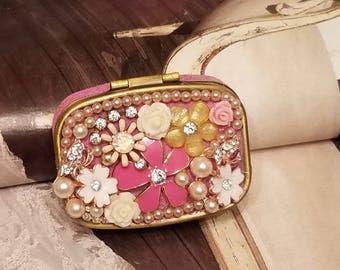 Stash/Pill Box/Love Of Flowers