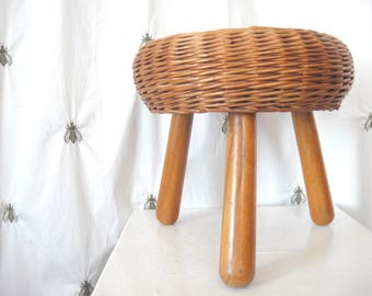 Vintage Mid Century Modern Tony Paul Style Wicker Rattan Round Foot Stool,  Ottoman, Tripod