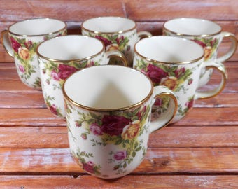 Royal Albert Old Country Roses Ruby Celebration Coffee Mug classic III Excellent Condition Set Classic III Gold Trim