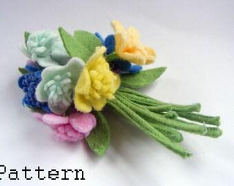 PDF PATTERN Flower Corsage Brooch Pin downloadable : Vintage inspired Felt Flowers Corsage Brooch Pattern