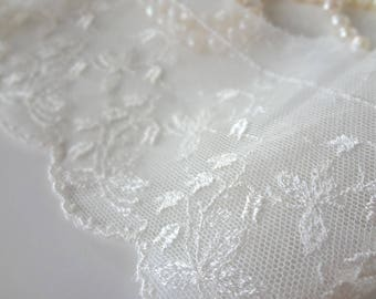 Lily of the Valley Lace on Netting Lengths Yardage - Vintage Bridal Wedding Dress Needle Lace - EnglishPreserves