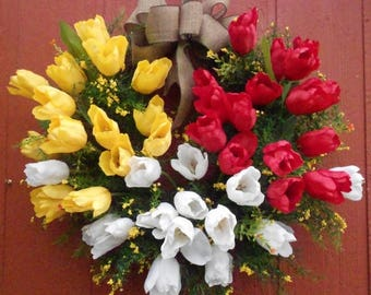 SUMMER SALE... Tulip Wreath.....Spring Wreath......Door Wreath......