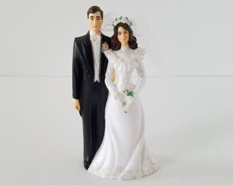 Vintage Retro Bride and Groom Wedding Cake Topper Wilton
