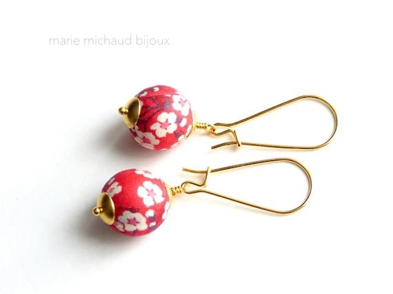 Liberty earrings,Colorful earrings,Red earrings,Flower earrings,Liberty jewelry,Winter trends,Gift under 30,Stainless steel,Small earrings