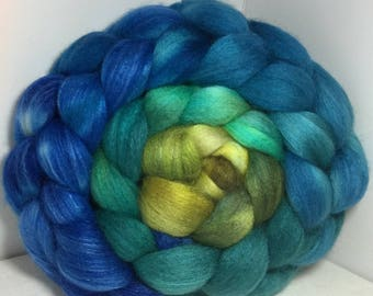 Polwarth/Bombyx/Cashmere 40/40/20 Roving Combed Top - 5oz - St. Ninian's Spring 1